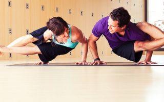 Позы йоги, выполненные в паре — способ лучше понять себя и чувствовать других