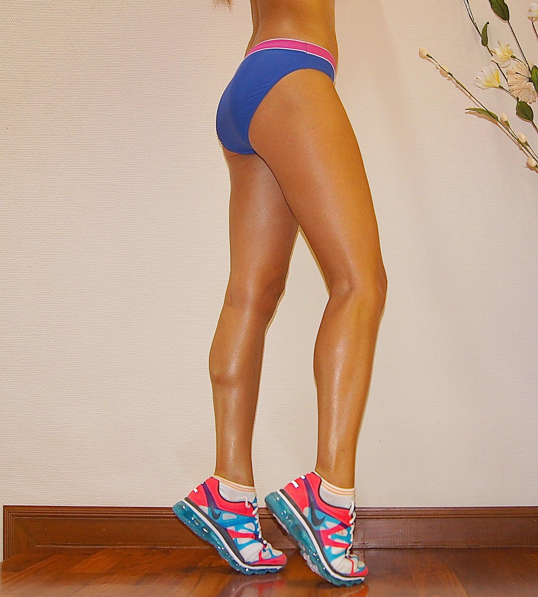 Потрясающие ноги