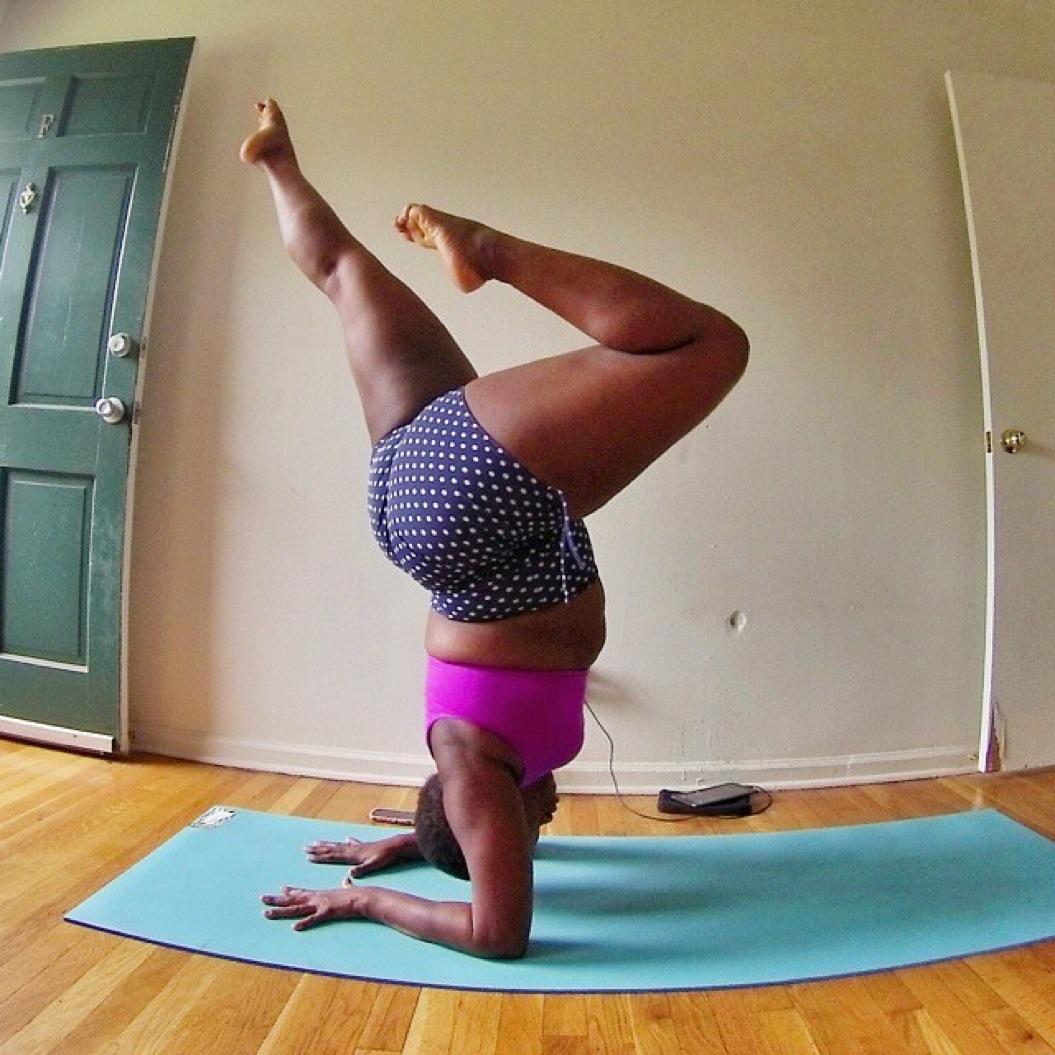 dzhessamin-stehnli-joga