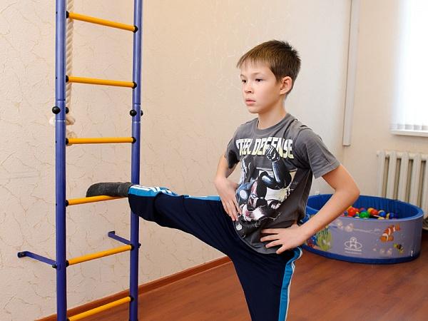 Упражнение растяжка для школьника