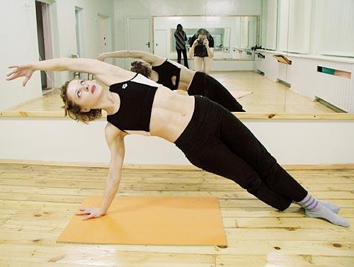 На голове у йога