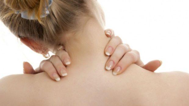 Болит шея при остеохондрозе