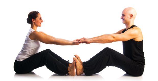 Партнерская поза в парной йоге