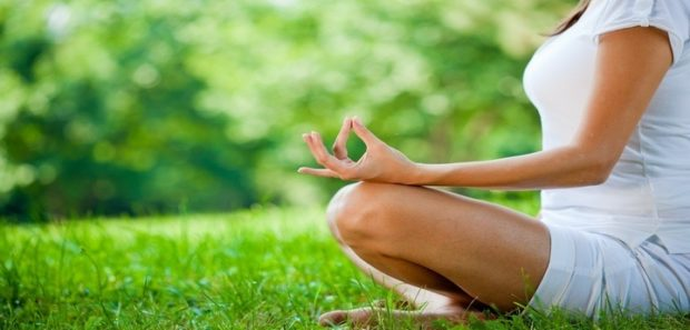 Польза йоги в достижении совершенства тела и духа