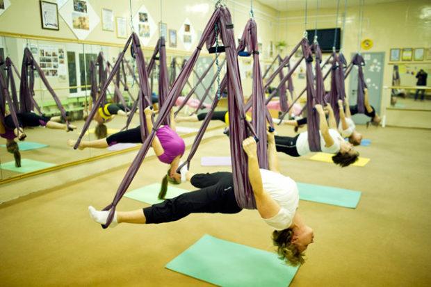 Йоге в гамаке эффективна для похудения