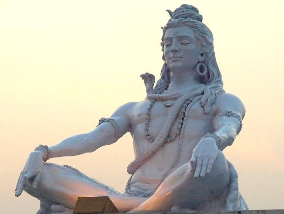 Медитация - статуя Шива Патри
