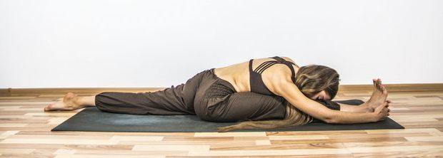 Шпагат в йоге - растяжка