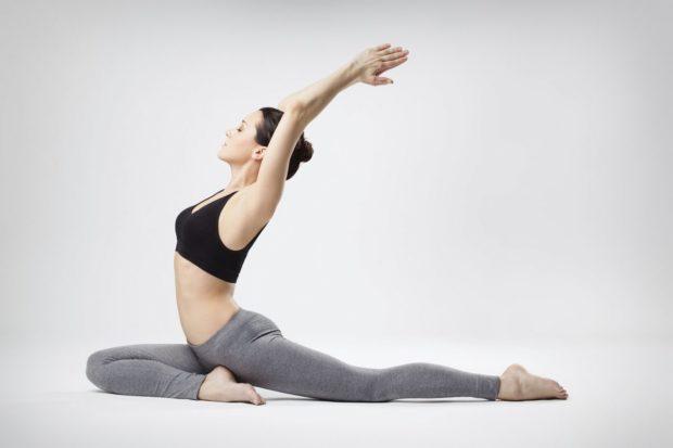 Брюки для йоги должны быть эластичными