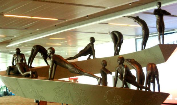 Сурья Намаскар - скульптуры