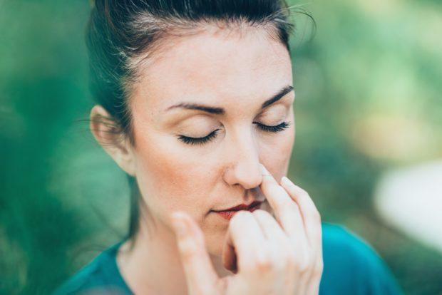 Дыхание одной ноздрей поочередно