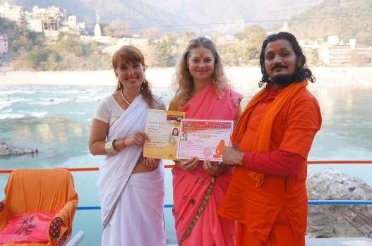Вручение сертификатов в Индии