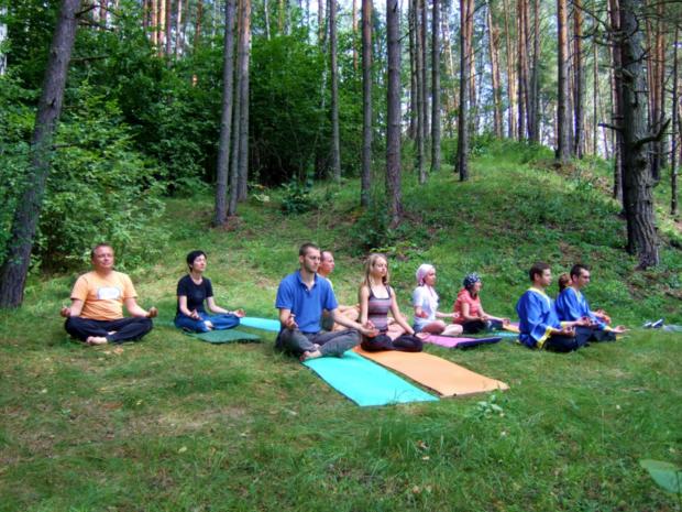 Практика карма йоги