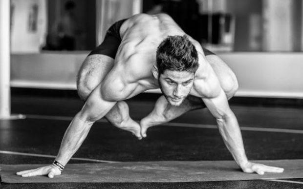 Йога для повышения сексуальности мужчин