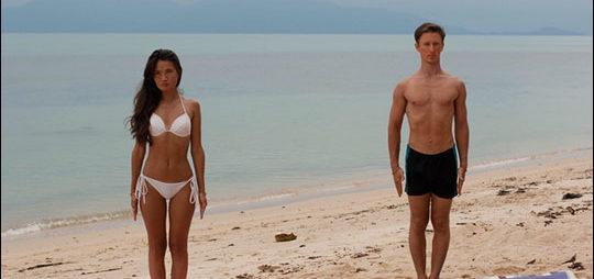 Тадасана на пляже