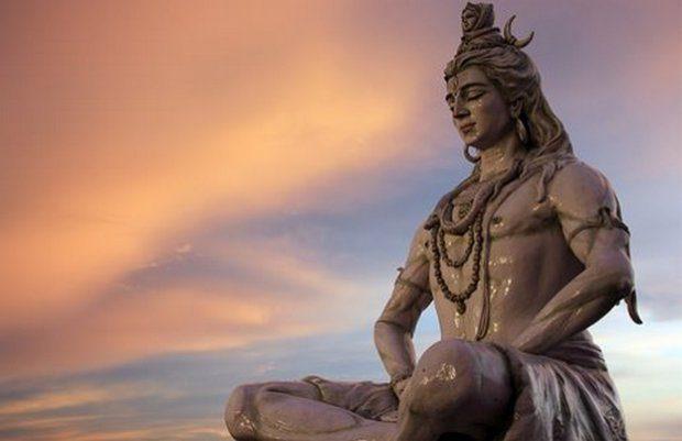 Статуя Патанджили
