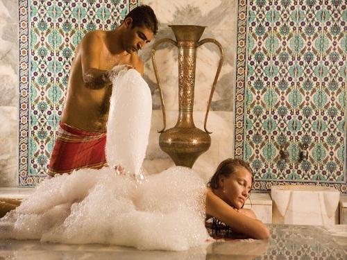Пенный массаж в хамаме