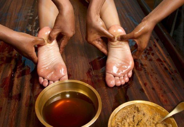 Масляный массаж стоп