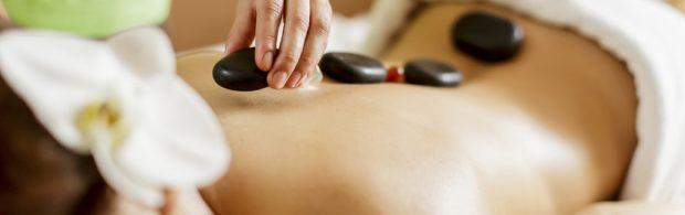 Расслабляющий массаж камнями