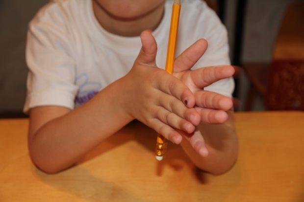 Игра с карандашами