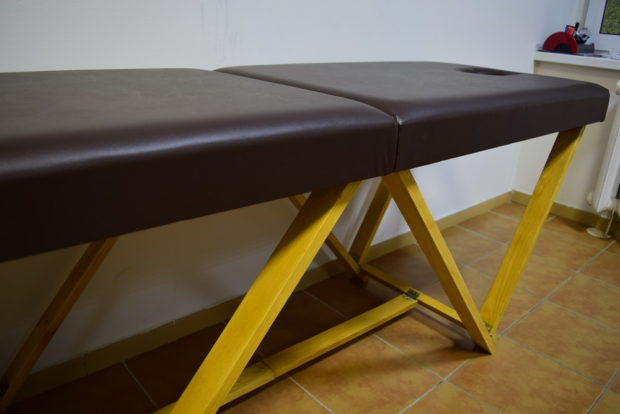 Самодельный стол для массажа