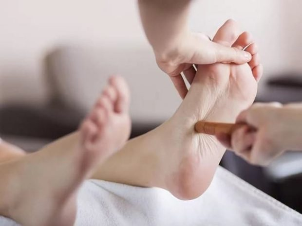 Аккупунктурный массаж стоп