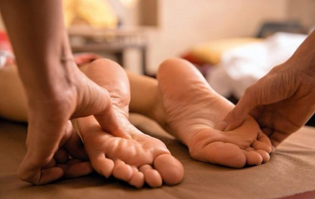 Техника массажа при плоскостопии