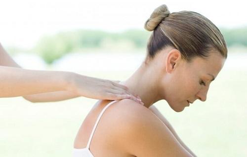 Массаж спины при мастопатии