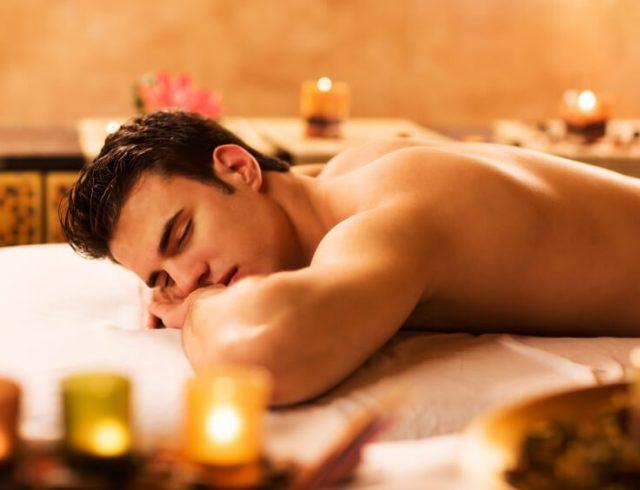 Эротический массаж при свечах