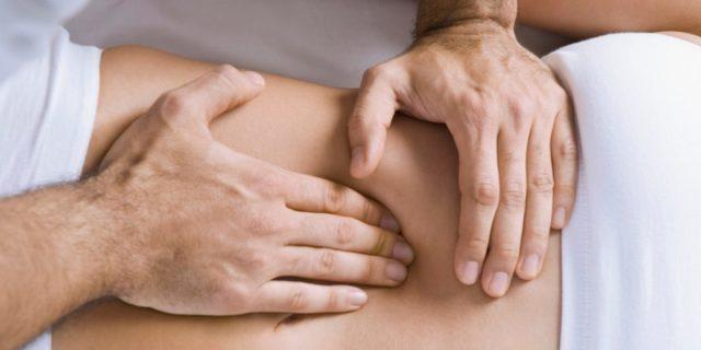 Выполнение висцерального массажа
