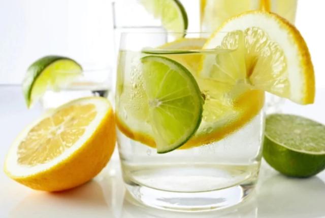 Лимонная вода при гречневой диете